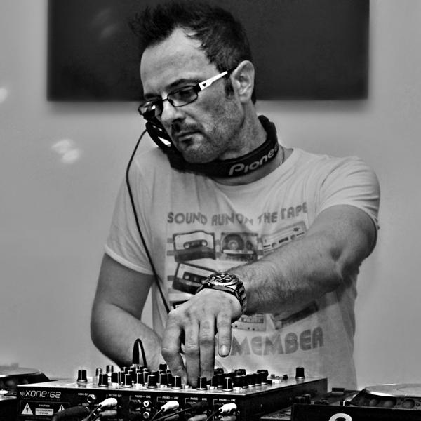 Paul Daniel DJ